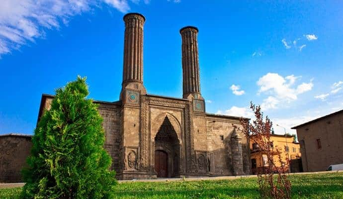 Cifte Minareli Medrese Erzurum